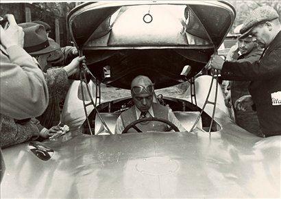Priprava na vožnjo aerodinamičnega auto-uniona