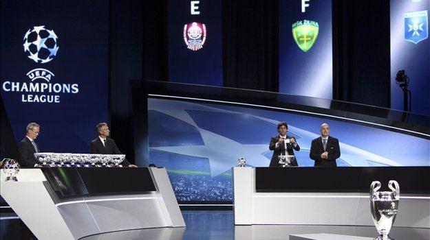 Sezona 2011/11 liga prvakov se bo s skupinskim delom začela 13. septembra, 14. februarja leta 2012 bodo izločni boji, finale pa bo 19. maja na štadionu v Münchnu.