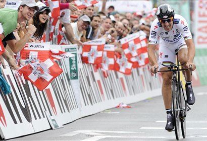 Rogers in Cancellara bosta lovila četrti naslov prvaka