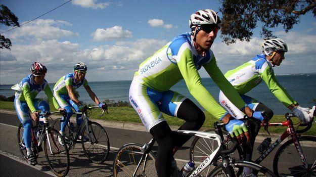 Na SP v kolesarstvu v Avstraliji je Slovenija pustila dober vtis, a ostala brez vrhunskih dosežkov. Člani so ostali brez uvrstitve v deseterico.