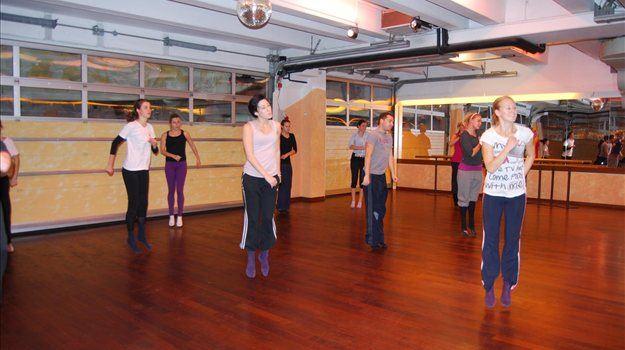 Prva slovenska plesna akademija idejnega očeta Tomaža Ambroža se bo v petek, 21. januarja, predstavila s plesno predstavo svojih študentov. Se obeta preporod plesa v Sloveniji?