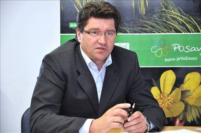 Kot je izpostavil predsednik omenjenega kluba Ivan Molan, sicer župan Brežic, je medsosedska pomoč neka slovenska posebnost oz. način življenja.