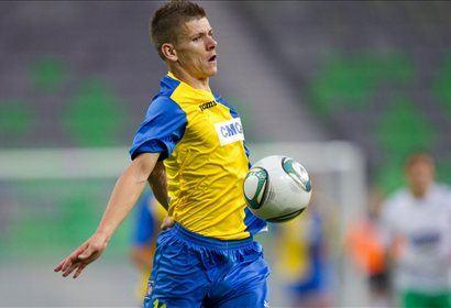 Roman Bezjak je dosegel dva gola proti Olimpiji.