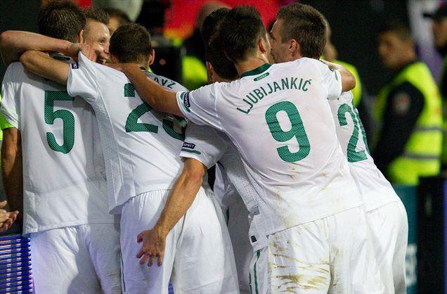 Slovenska reprezentanca bo pot do SP 2014 začela z najmočnejšima tekmecema na papirju.