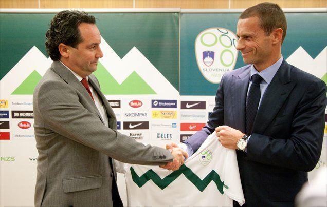 Slovensko delegacijo v Švici sta sestavljala tudi Slaviša Stojanović in Aleksander Čeferin.