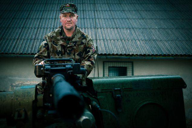 Kliknite še na VIDEO in poglejte, kaj je o uporabnosti in natančnosti oborožitvene postaje povedal namerilec desetnik Robert Ferenček.