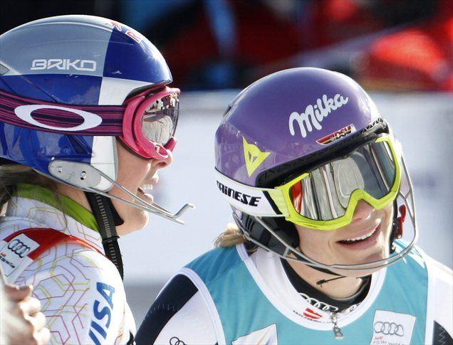 Lindsey Vonn in Maria Hoefl-Riesch.