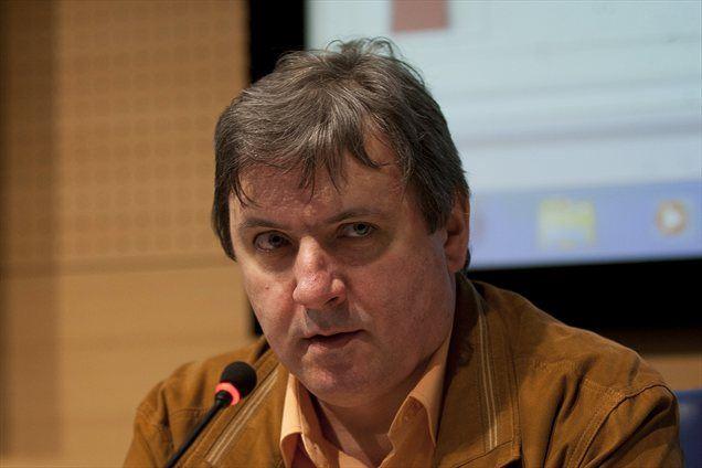 Voditelj predstavitve Dirke Po Sloveniji Dare Rupar