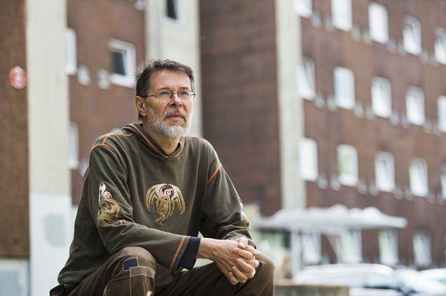 'Povsem napačno je misliti, da si brezdomci želijo biti brezdomci. Mislim, da na svetu ni nobenega brezdomca, ki bi rad bil brezdomec. Nihče si ni izbral tega, da bo pozimi spal na cesti ali v zavetiščih.'