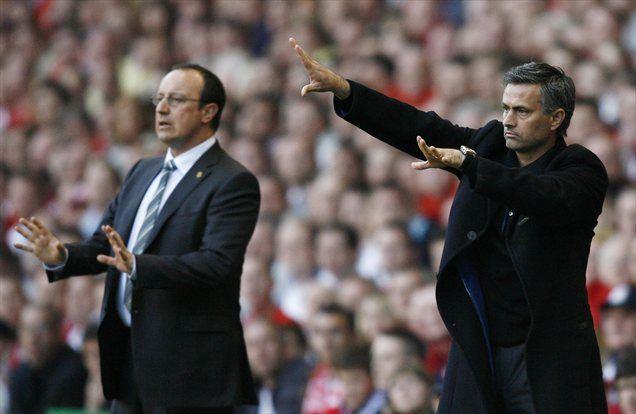 Jose Mourinho je v sezoni 2006/07 v polfinalu lige prvakov priznal premoč Rafaelu Benitezu.