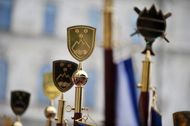 Izbira praporščakov, ki bodo sodelovali na državni proslavi ob dnevu državnosti, je temeljila na naravi državnega praznika.
