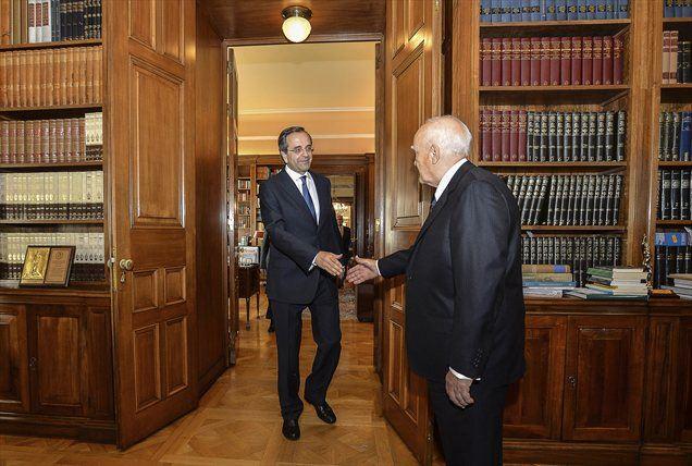 Samaras in grški predsednik Karolos Papulias