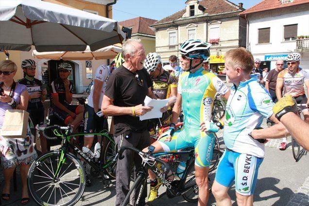 Janija Brajkoviča je na trasi Maratona Alpe Scott spremljalo 40 kolesarjev.