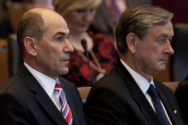 Premier je v pogovoru spregovoril tudi o polemikah glede državne proslave in ponovil, da mu je žal, da je za slavnostnega govorca na proslavi predlagal predsednika republike Danila Türka.