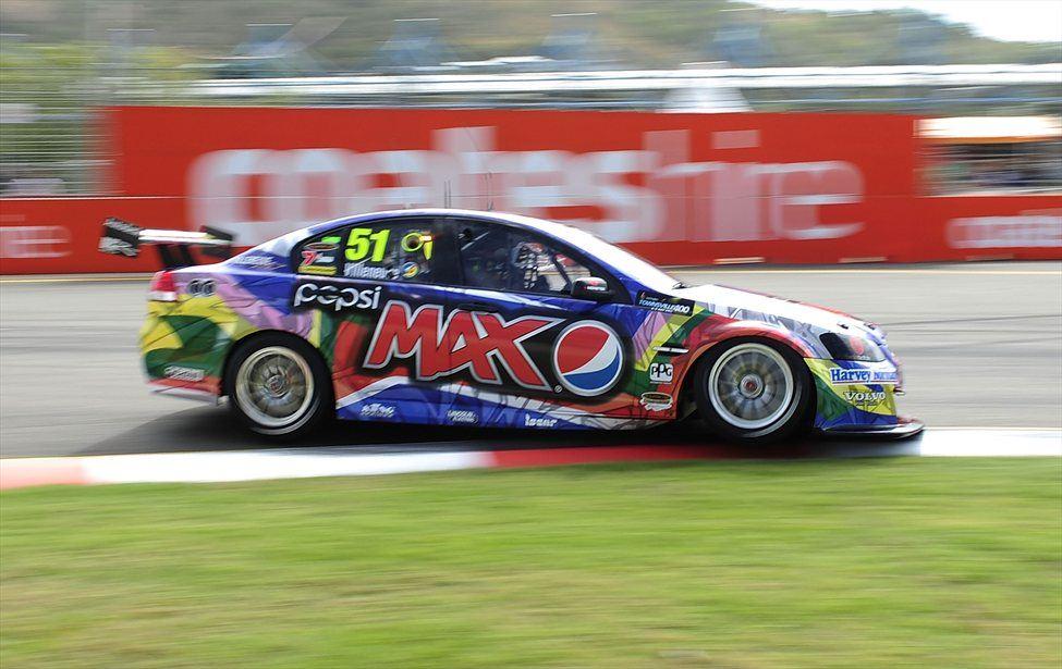Jacques Villeneuve v Holdenovem dirkalniku prvenstva V8.