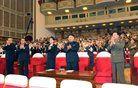 Kdo je skrivnostna ženska ob severnokorejskem voditelju?