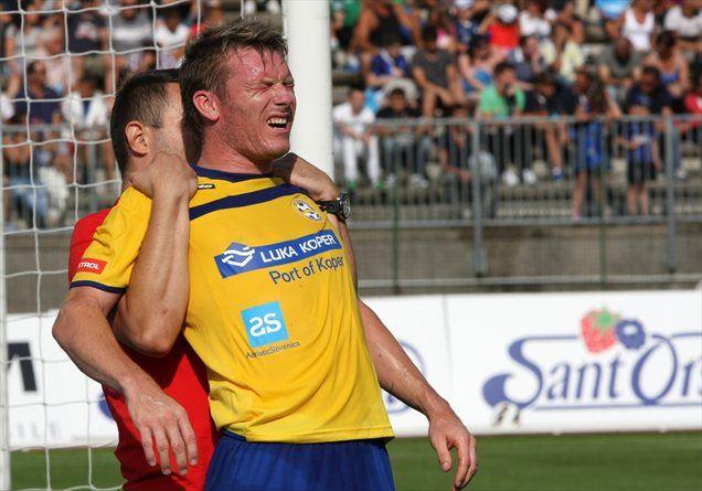 Matej Mavrič je po vrnitvi v domovino dočakal dvoboj z nekdanjimi evropskimi prvaki.