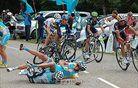 Brajkovič izgubil pomočnika in si od njega sposodil kolo (foto)