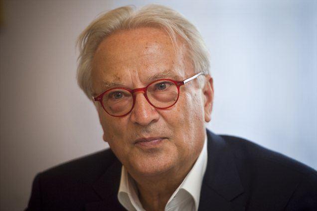 Po pogovorih s predstavniki Pozitivne Slovenije in Socialnih demokratov je vodja evropskih socialistov Slovenijo primerjal z Romunijo.
