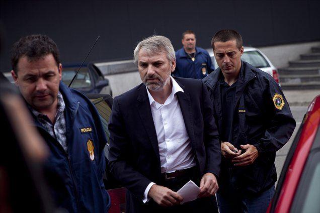 Vladimir Vodušek iz celjskega pripora trdi, da z dokumenti o domnevnih  fiktivnih poslih Rhydcona in Uniorja ni hotel nikogar izsiljevati.
