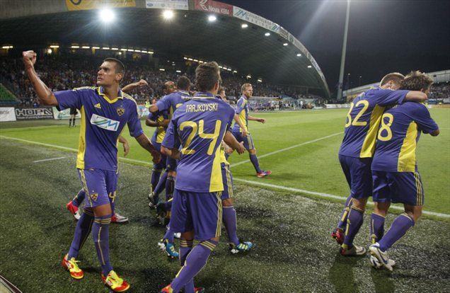 Mariborčani so si z izjemno učinkovitim drugim polčasom močno približali možnost preboja v tretji krog kvalifikacij za lige prvakov.