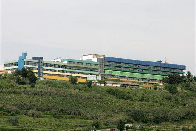 Izgube, ki se je v izolski bolnišnici nakopičila v 20 letih, ne morejo odpraviti še tako strogi ukrepi sanacije, ki bi bili še znosni, trdi direktor bolnišnice Jani Dernič.