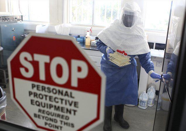 Izbruh smrtonosne virusne bolezni ebola v Ugandi je pod nadzorom, so sporočili iz Svetovne zdravstvene organizacije (WHO).