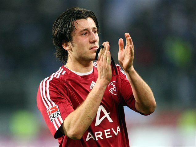 Z Nürnbergom je igral v prvi ligi, s ''kozlički'' pa je v novo drugoligaško sezono vstopil s porazom v Braunschweigu.
