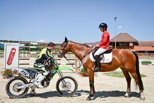 Primerjava podatkov za konja in motocikel