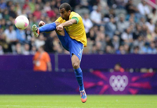 Lucas, ki trenutno z Brazilijo nastopa na olimpijskih igrah, bo v Pariz prišel januarja prihodnje leto.