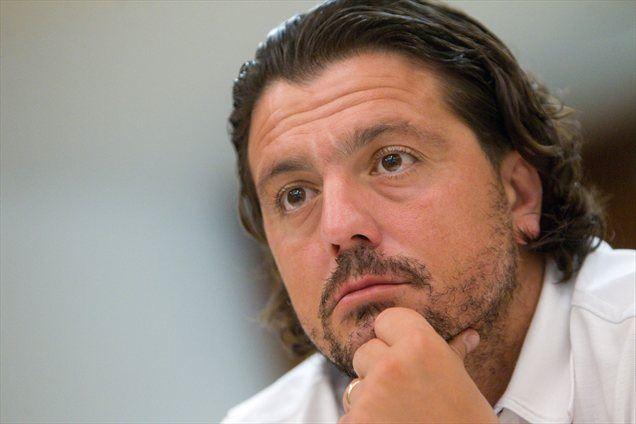Predsednik NZS Aleksander Čeferin naj bi na derbiju grozil športnemu direktorju NK Maribor Zlatku Zahoviču.