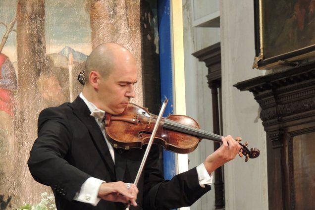 Zdravko Pleše igra Tartinijev Vražji Trilček na izvirni Tartinijevi violini