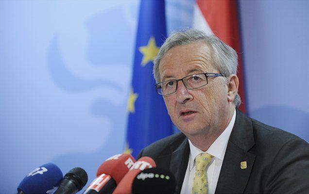 Šef evroskupine in luksemburški premier Jean-Claude Juncker je morebitnem odhodu Grčije iz evroobmočja dejal, da bi bilo to sicer tehnično možno, politično pa ne.