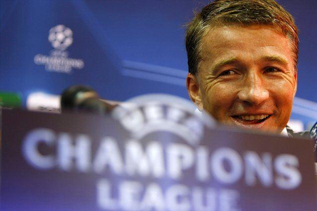 Nekdanji uspešni romunski nogometaš Dan Petrescu bo po novem delal v Moskvi.