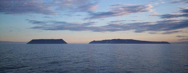 Otoka Mali Diomed (ZDA) in Veliki Diomed (Rusija)