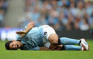 Manchester City je obrambo naslova začel z zmago, a pri tem izgubil Sergia Aguera.