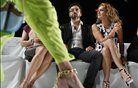 Ustanovitelj Googla Sergey Brin in modna oblikovalka Diane von Furstenberg na modni reviji njena modne kolekcije za pomlad/poletje 2013. Foto: Reuters