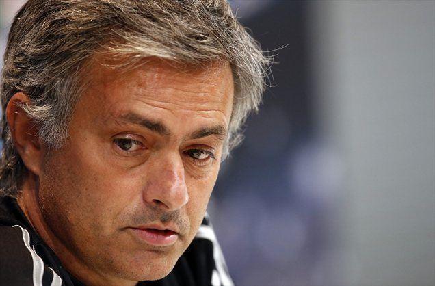 Jose Mourinho je predvideval, da bi ga sedma sila v primeru poraza s Cityjem proglasila za ''norega''.