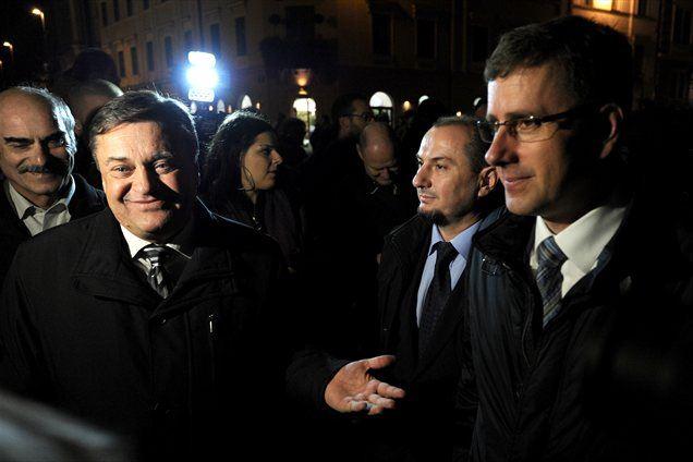 Ljubljanski protest, ki se je včeraj dogajal najprej na Kongresnem trgu, potem pa še malo pred parlamentom, je očitno poskušal olastniniti Zoran Janković. A se je zelo uštel.