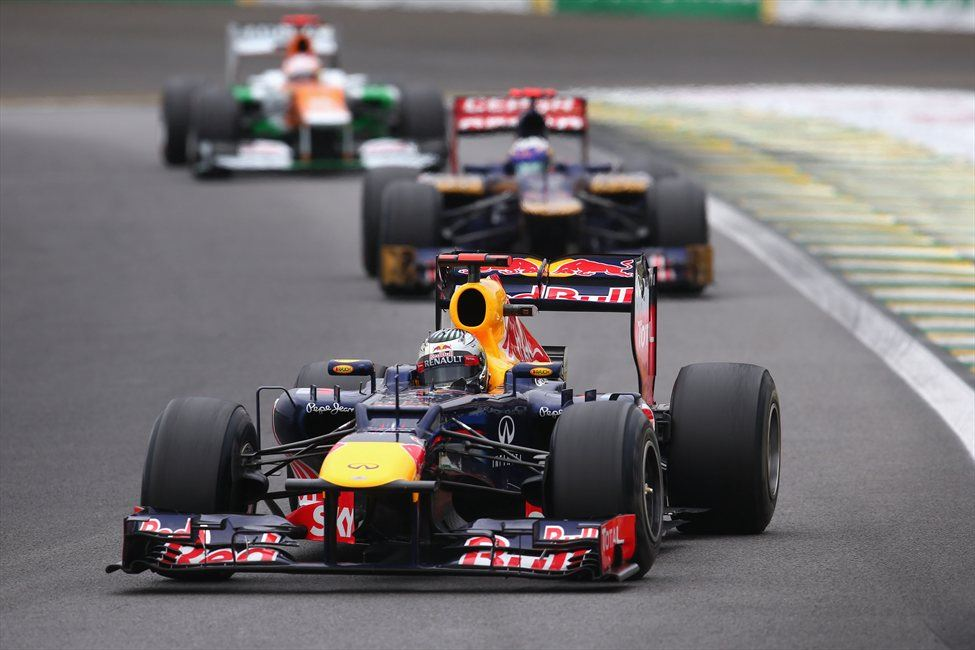 Sebastian Vettel je na VN Brazilije prehitel Jeana-Erica Vergna. Pod rumenimi zastavami?