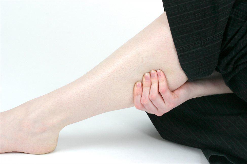 убрать жир на ногах и бедрах