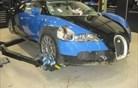 Bugatti veyron je tudi kot razbitina vreden 210 tisoč evrov