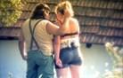 Seks, jok in umazane igre v šovu Kmetija: Nov začetek
