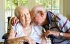 Demenca ne prizadene le bolnikov, temveč zlasti njihove najbližje