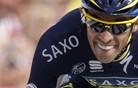 Contador odbil vse napade in zadržal vodstvo