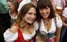 Lahko nemška manija po narodnih kostumih zasvoji tudi Slovence?