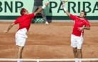 Francozi odločili - finale tam, kjer sta Federer in Wawrinka najslabša
