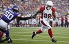 Še en igralec lige NFL obtožen nasilja nad svojim dekletom