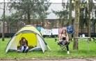 """""""Dokler ne zberem za najemnino ..."""" je zapisano ob šotorih, ki danes stojijo v Ljubljani in Mariboru"""