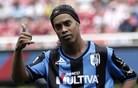 Ronaldinho navdušuje tudi v Mehiki (video)